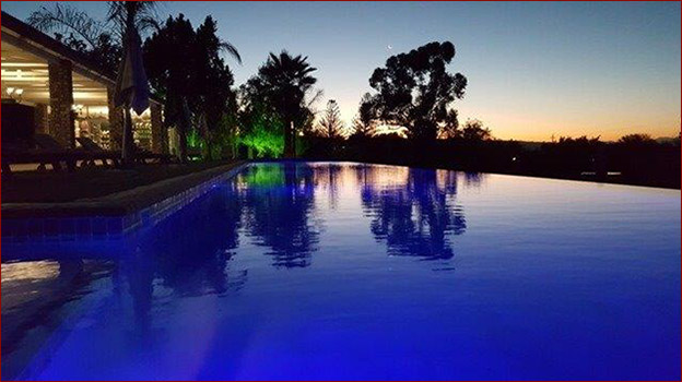 Mooiplaas Country Guesthouse - Swimmingpool